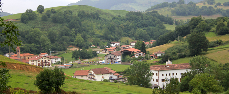 Vista general de Donamaria desde Artze